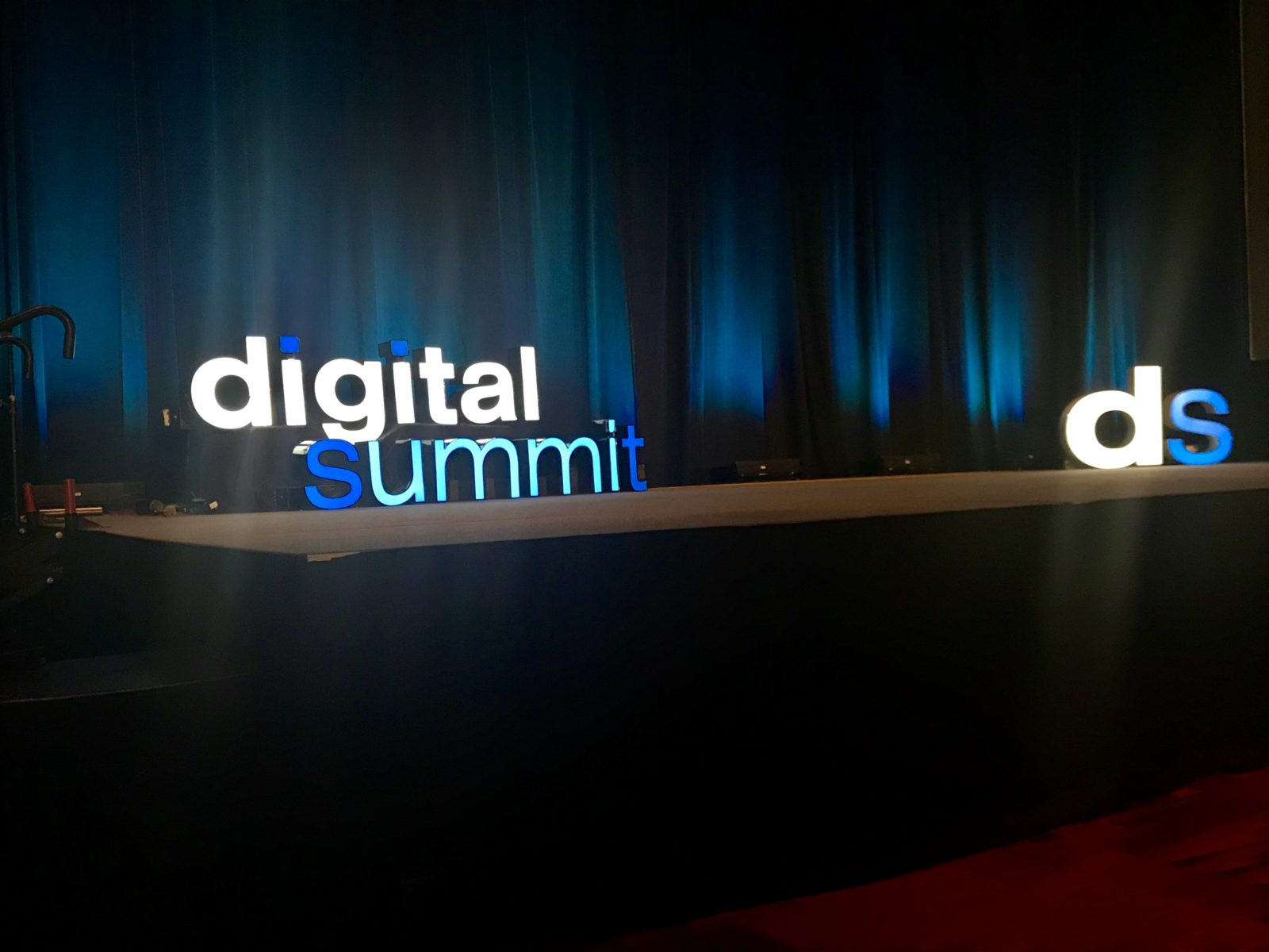 Digital Summit Charlotte stage